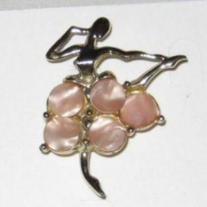 Vintage Ballerina Brooch Goldtone Pink Shell #3040
